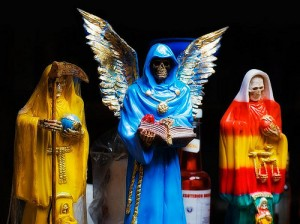 Mexican-tradition-of-Santa-Muerte-1